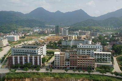 安溪沼涛中学[普高]图片