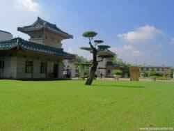 中南民族大学继续教育学院图片