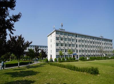 北京市昌平区第二中学图片