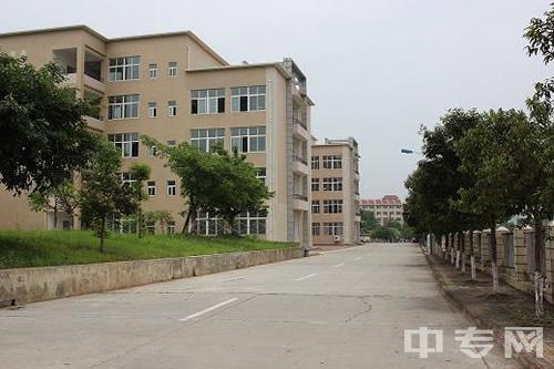 四川省绵阳财经学校-教学区