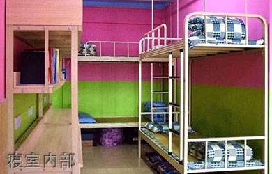 四川希望汽车技师学院寝室内部