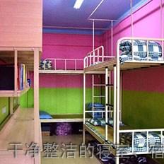四川希望汽车技师学院干净整洁的寝室、宿舍