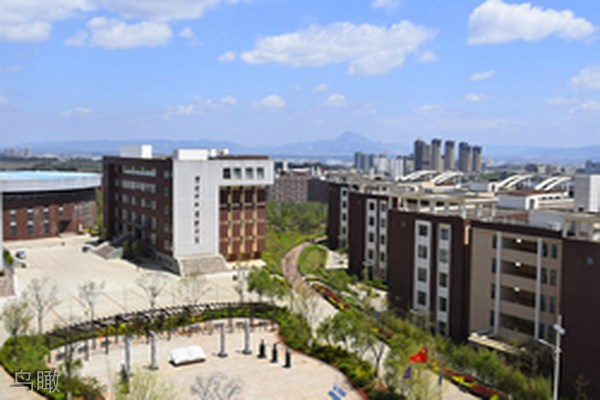 云南商务职业学院鸟瞰