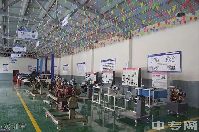 云南省电子信息高级技工学校实训室