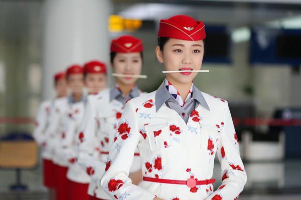 四川西南航空专修学院高铁乘务专业